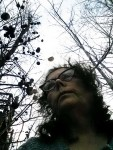 12-11-15-selfie-with-oak-galls-and-trees